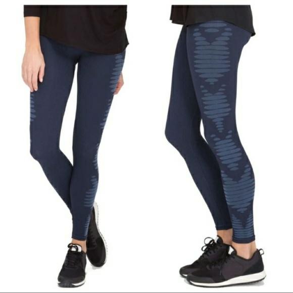 049daf36a SPANX Aztec Stripe Navy Blue Leggings NWT